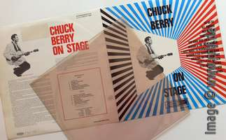 Chuck Berry: On Stage - Artone (packaging)